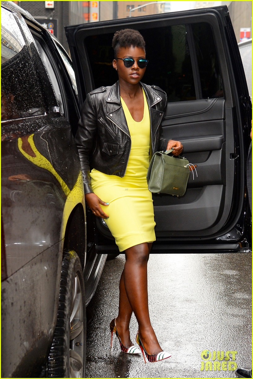 lupita nyongo star wars fashion event 29
