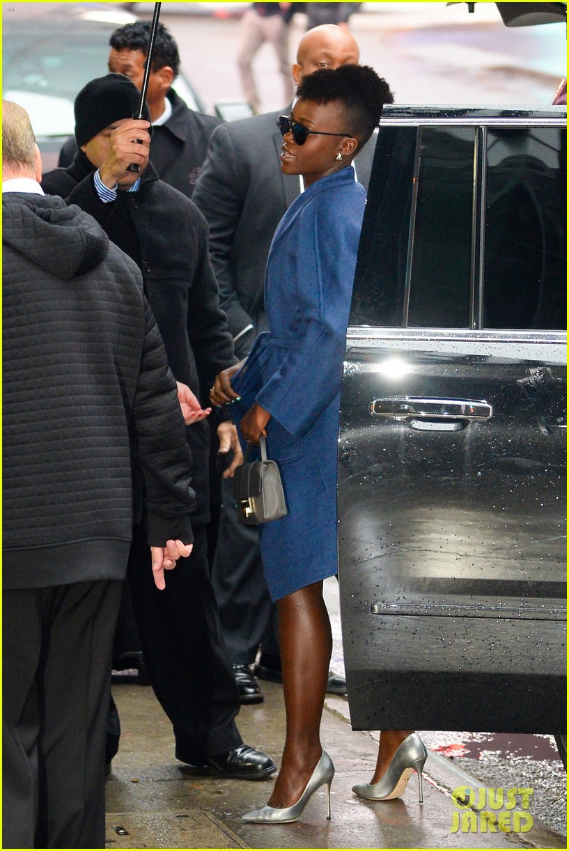 lupita nyongo star wars fashion event 38