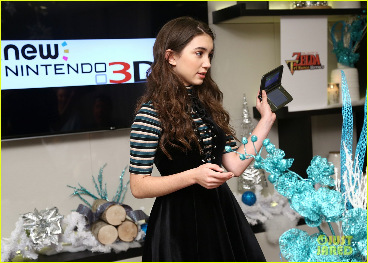 rowan blanchard nintendo winter wonderland event 08