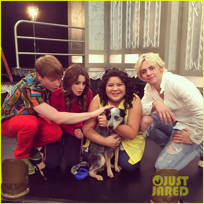 'Austin & Ally' Cast Say Goodbye To The Show & Thank Fans