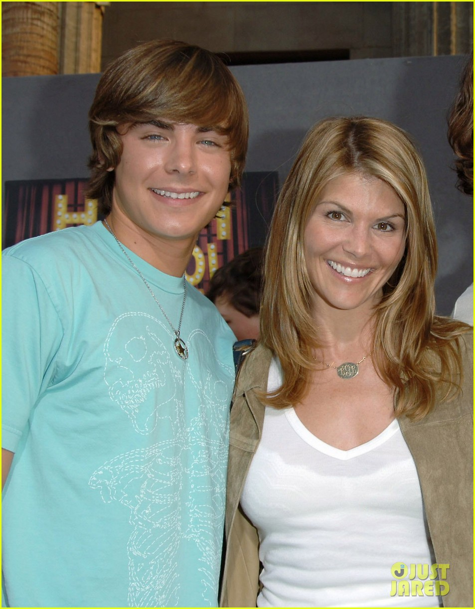 zac efron met up with former summerland co star lori loughlin