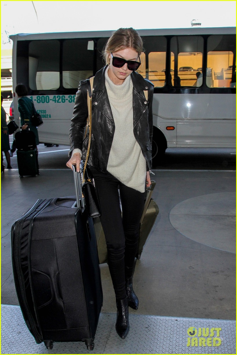gigi hadid masterchef devon windsor lax airport 03
