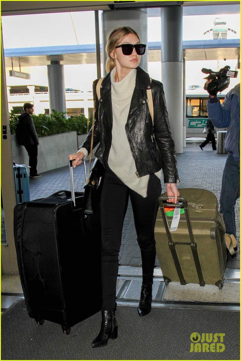 gigi hadid masterchef devon windsor lax airport 07