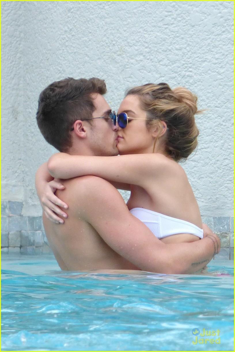josh cuthbert chloe lloyd beach kiss bikini 10