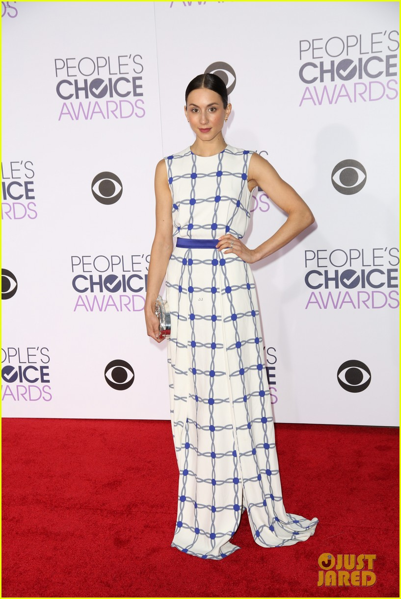 pretty little liars cast 2016 peoples choice awards 17