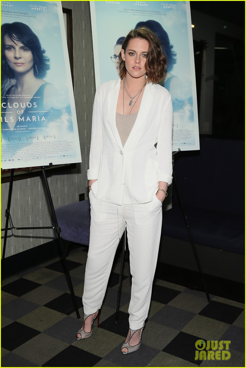 kristen stewart clouds of sils maria screening 05