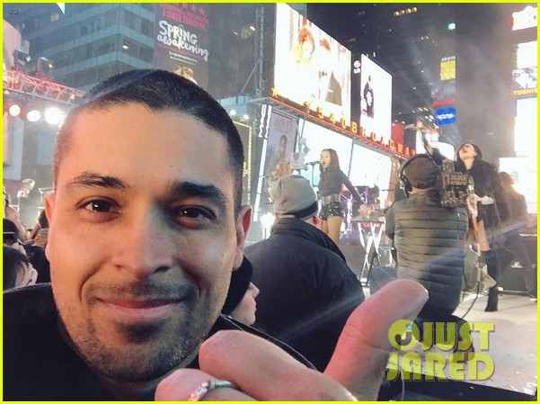 wilmer valderrama supports demi lovato on new years eve 03