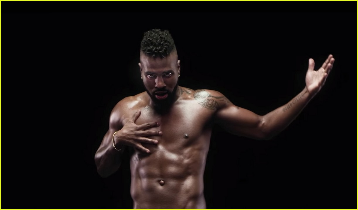 Jason Derulo Bares It All in Naked Music Video: Photo