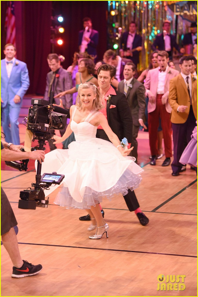 Stream \'Grease: Live\' Soundtrack - LISTEN NOW! | Photo 922760 ...