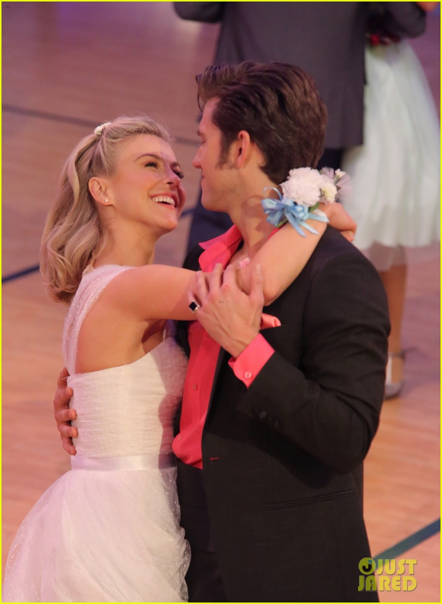 grease live watch every performance video 89