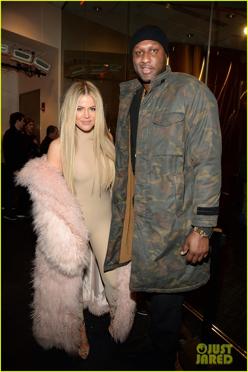 Kardashian 3 At Join Yeezy Sisters Season Jenner Kylie Kendallamp; srxhdtQC