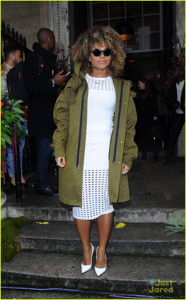 lottie moss ella eyre lucky blue smith topshop lfw 08