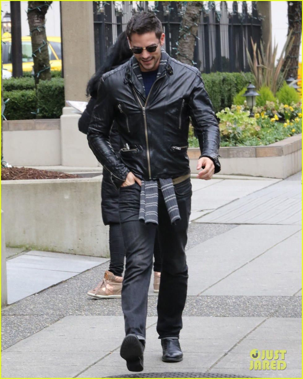 tyler hoechlin jessica lowndes brant daughtery vancouver 50 shades 01