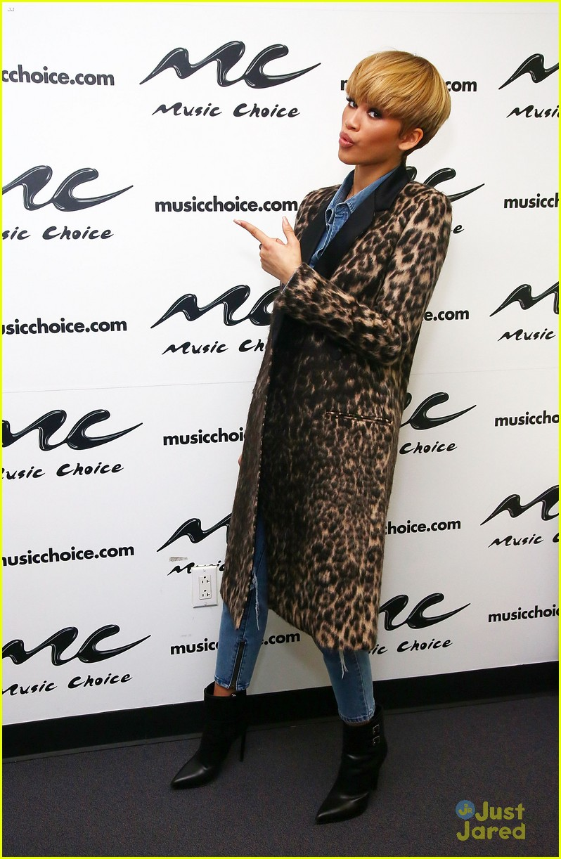 zendaya music choice visit nyc 08
