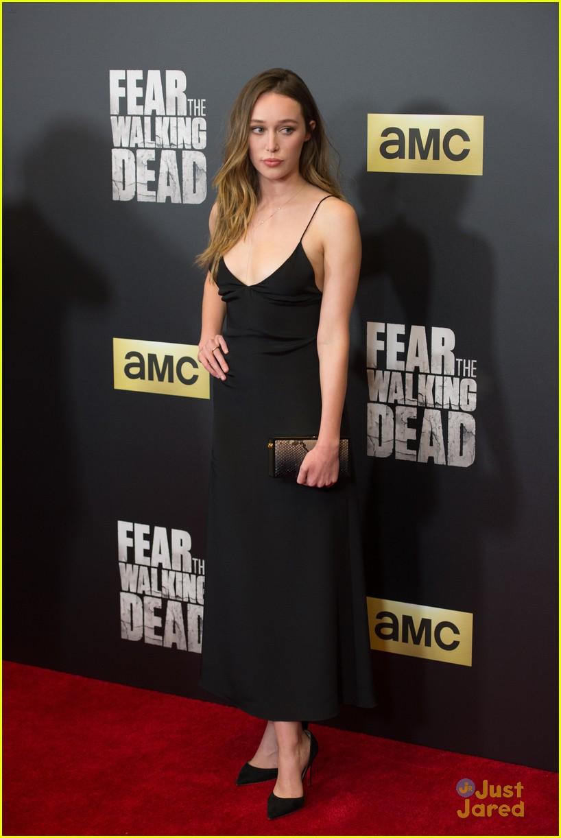 alycia debnam carey lorenzo henrie more fear dead premiere 32
