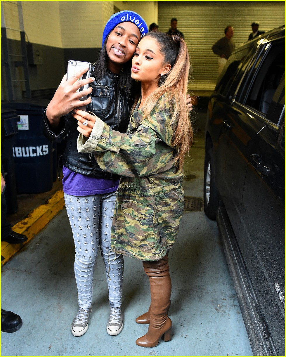 ariana grande preapred for impressions 05