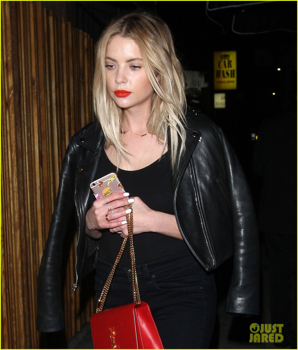 ashley benson nice guy night out friends 03