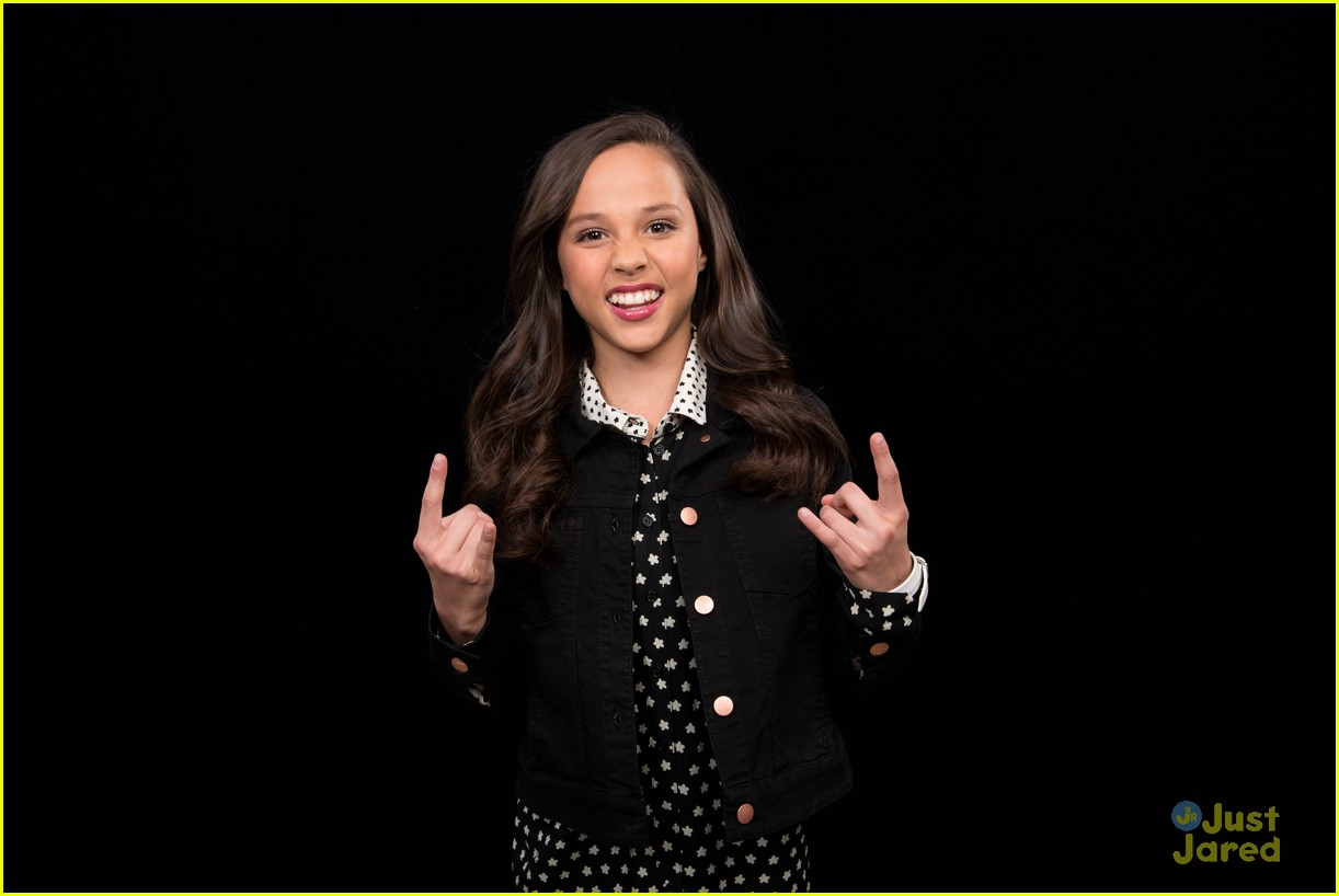 Breanna yde promotes school of rock in new york city with tony breanna yde buca beppo ph aol build stops nyc 13 thecheapjerseys Images