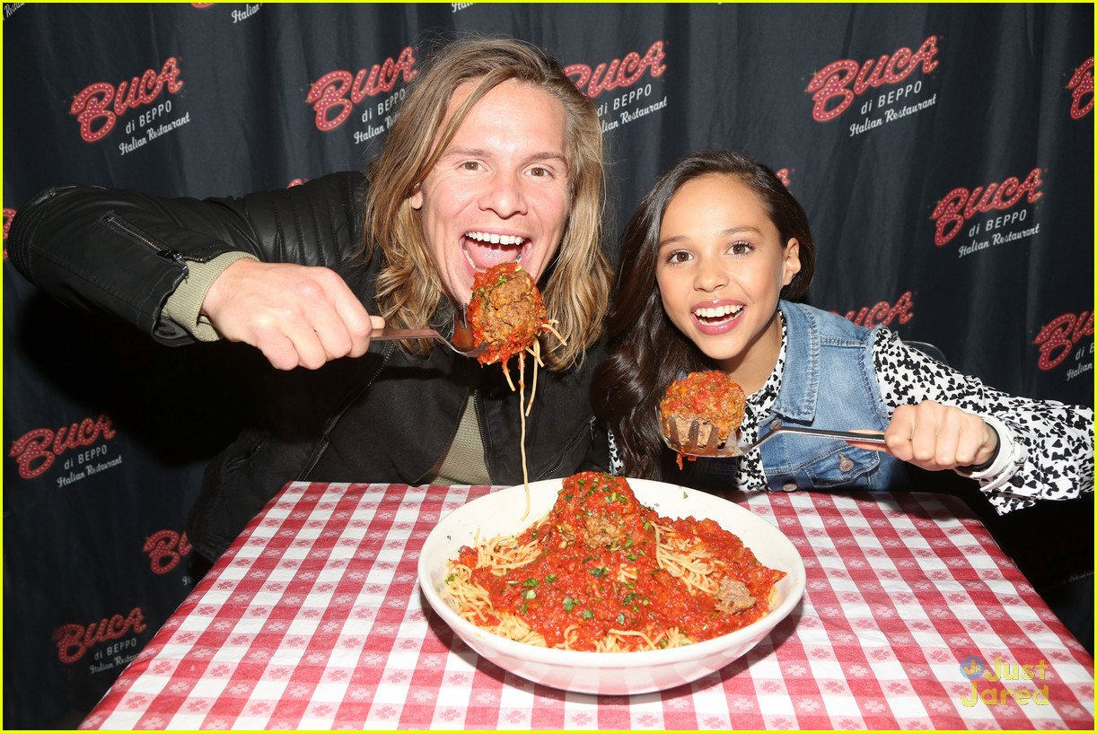 Breanna yde promotes school of rock in new york city with tony breanna yde buca beppo ph aol build stops nyc 19 altavistaventures