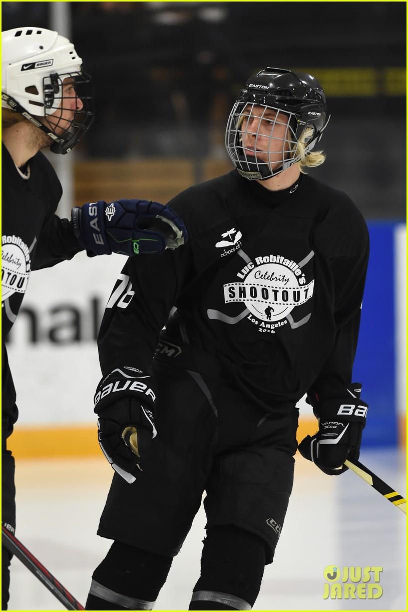 r5 ice hockey david lorenzo henrie charity 01