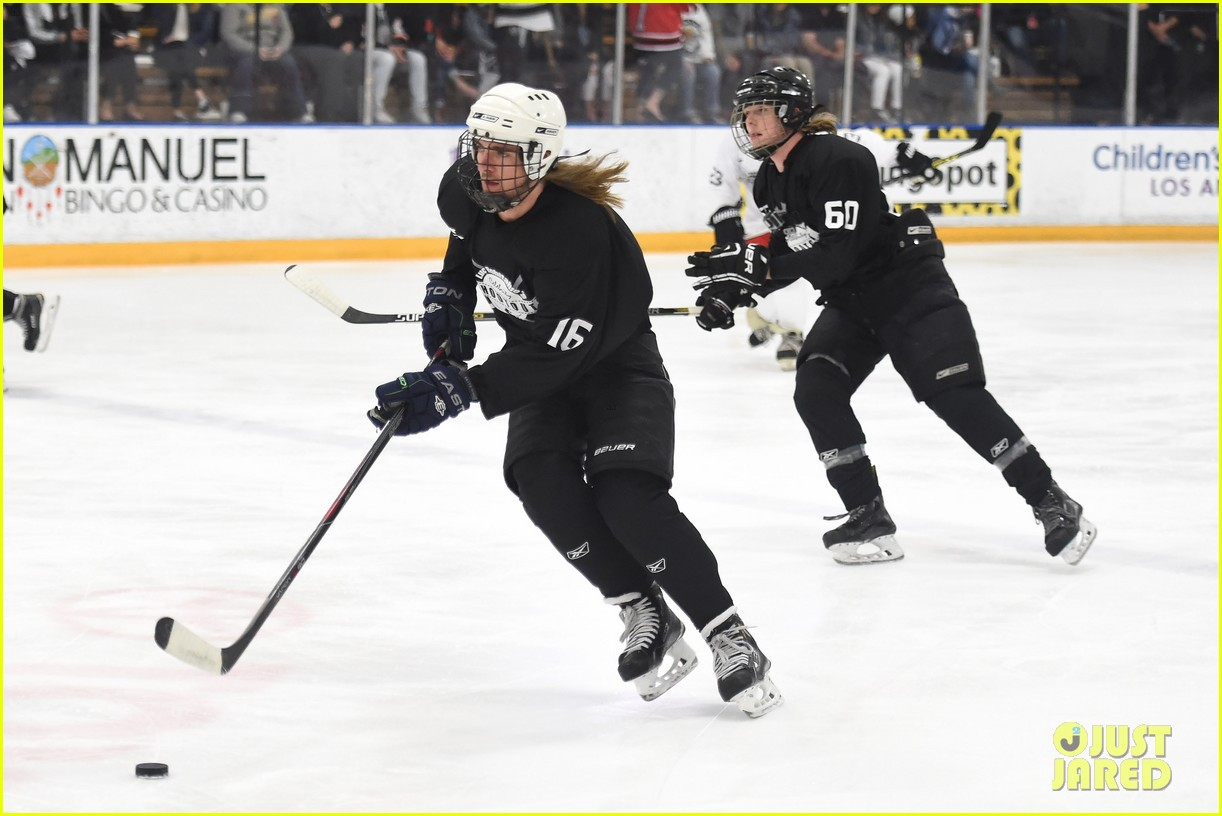 r5 ice hockey david lorenzo henrie charity 15