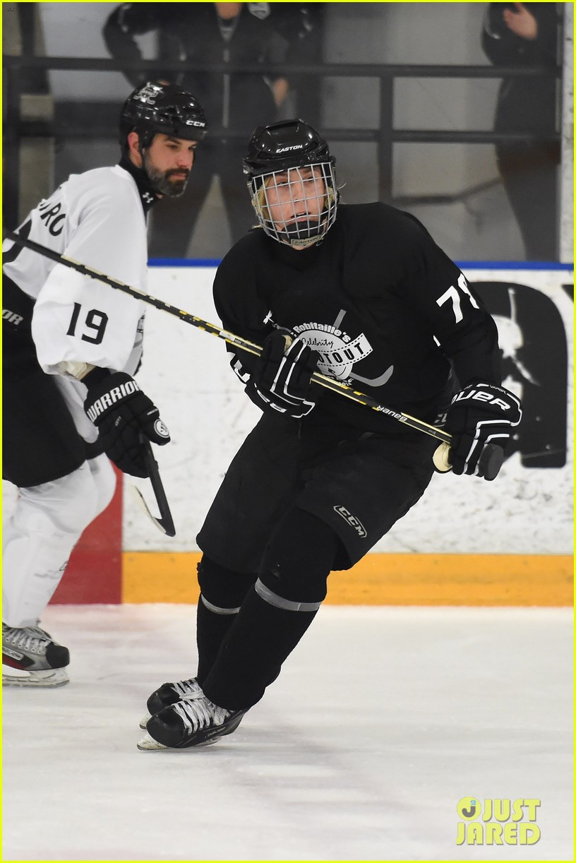 r5 ice hockey david lorenzo henrie charity 17