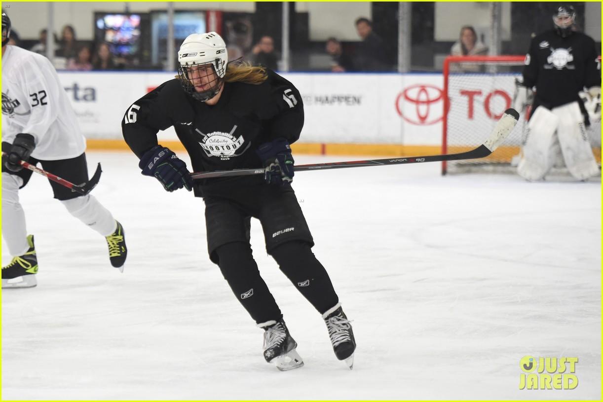 r5 ice hockey david lorenzo henrie charity 19