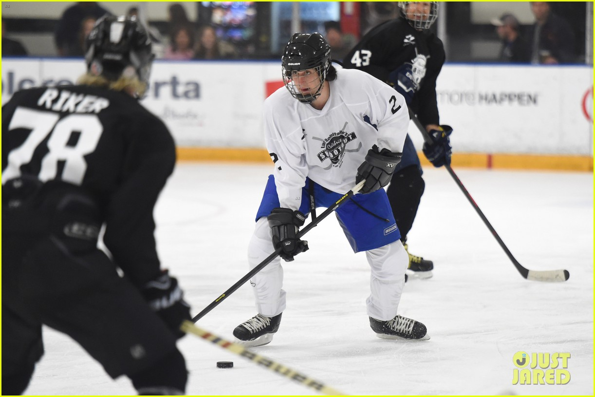r5 ice hockey david lorenzo henrie charity 20