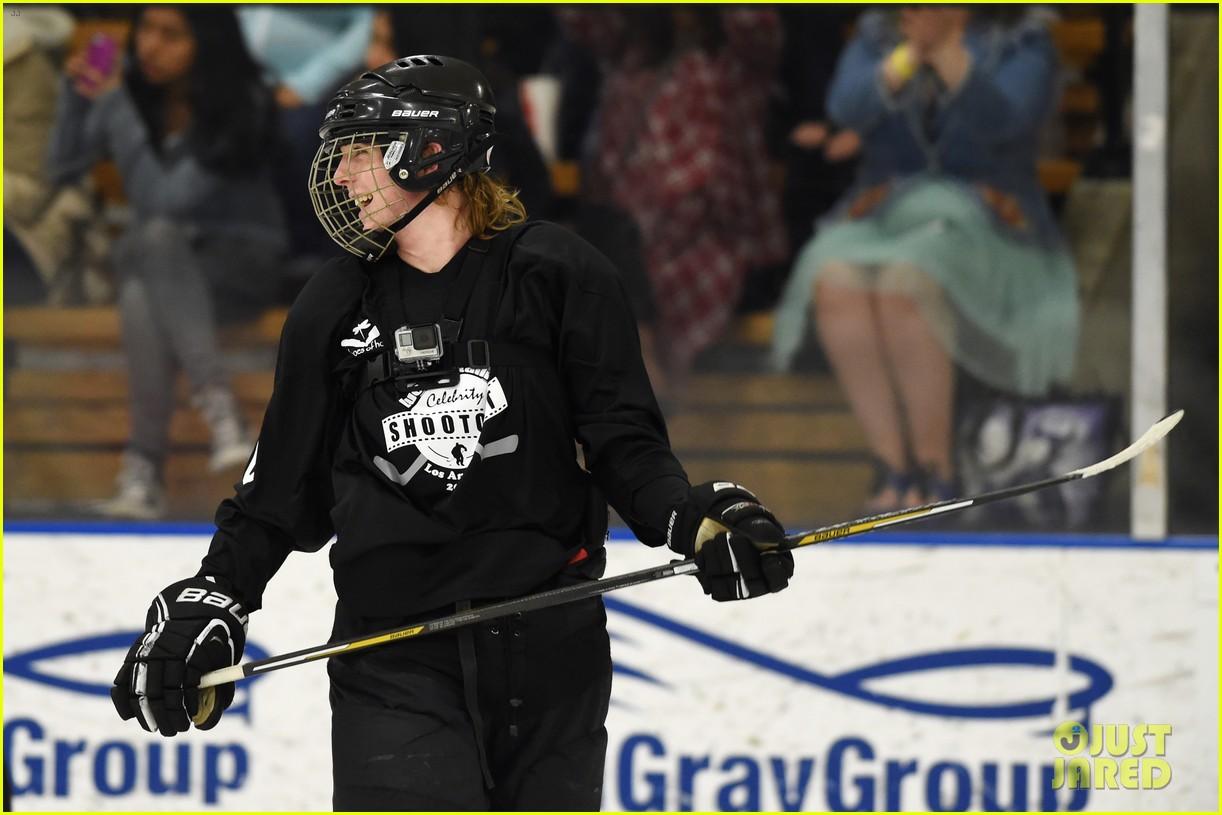 r5 ice hockey david lorenzo henrie charity 28