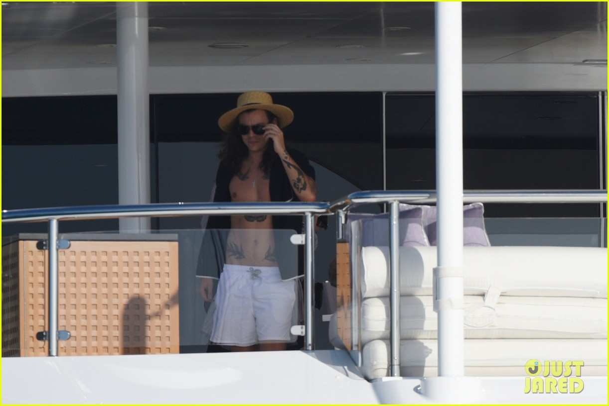 kendall jenner harry styles st barts vacation 20