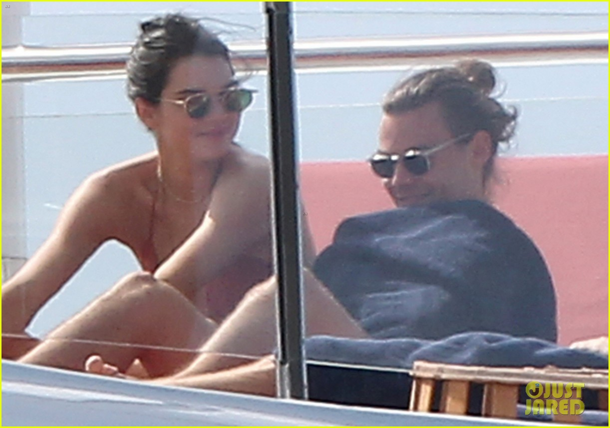 kendall jenner harry styles st barts vacation 46