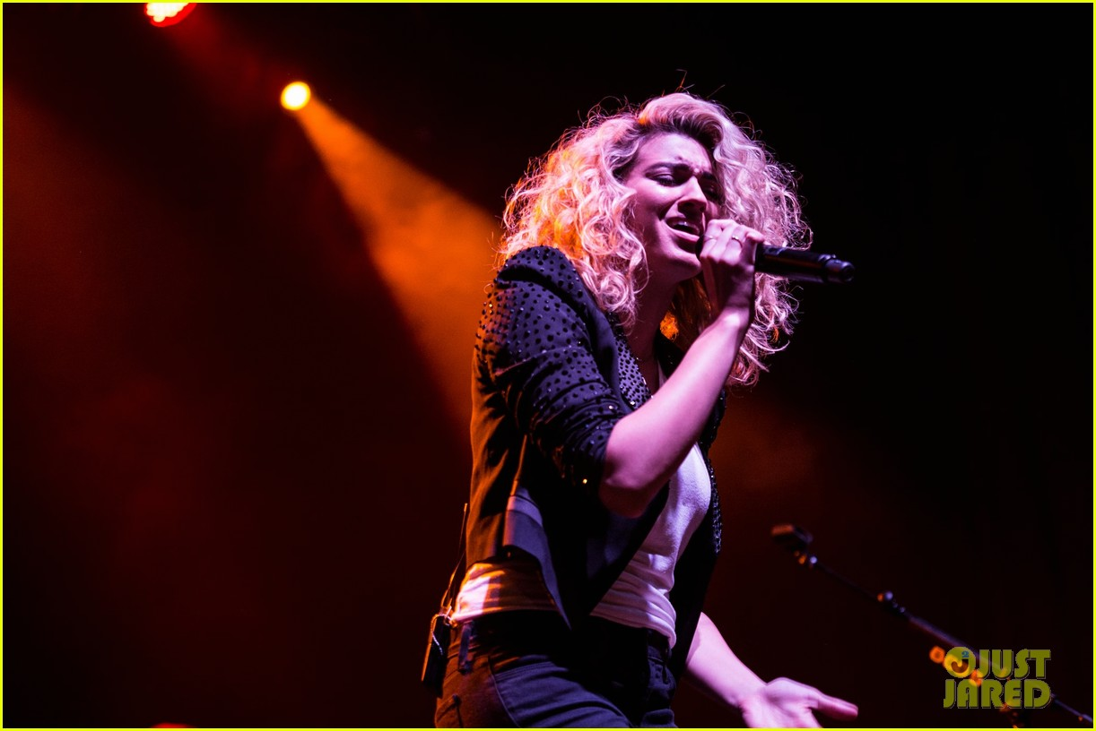 tori kelly talks working with james bay grammys 46