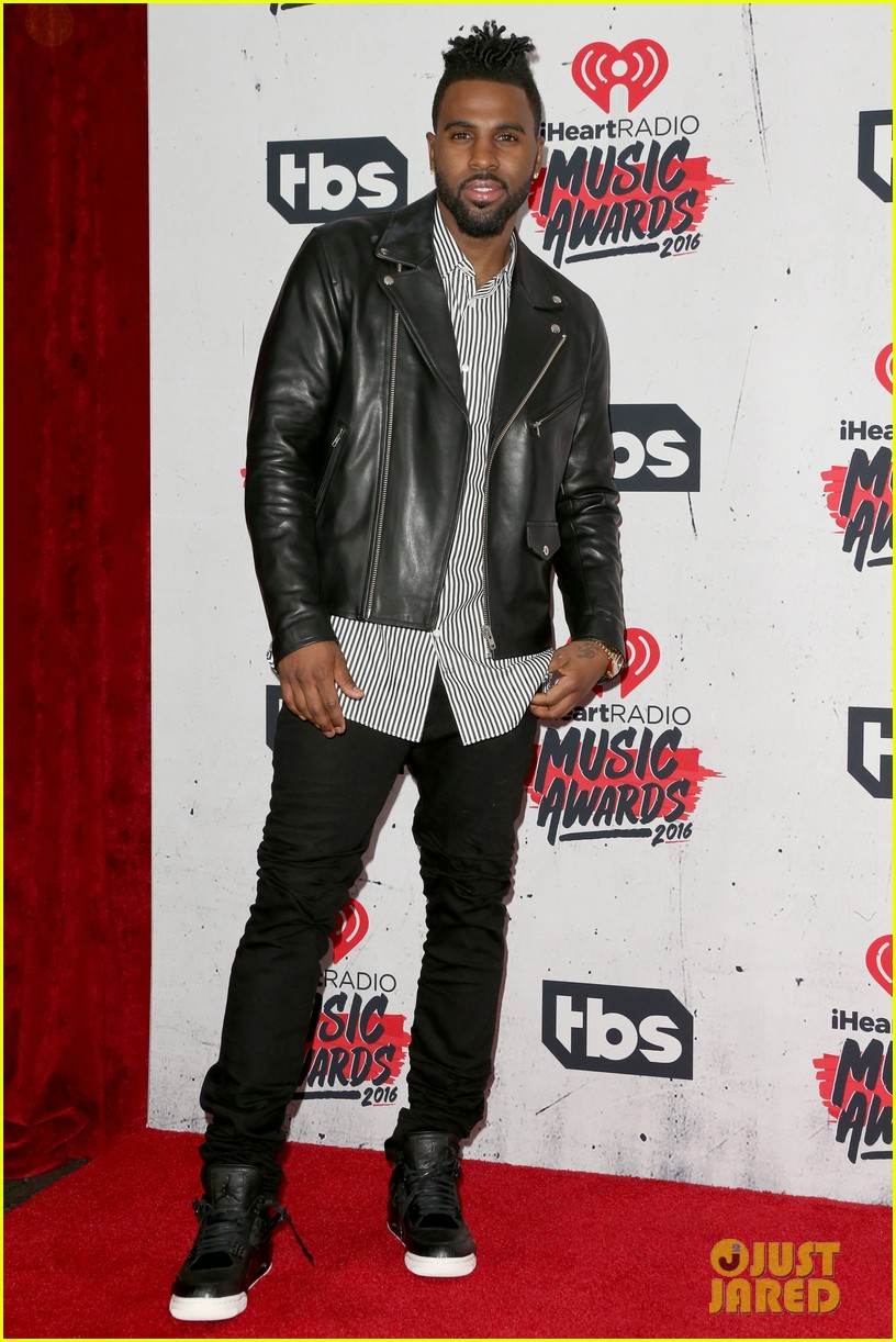 jason derulo performs iheartradio music awards 21