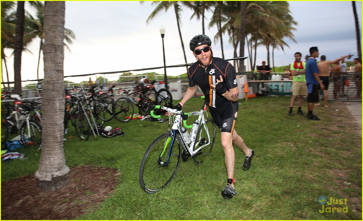 claire holt steven r mcqueen compete in triathlon together 09