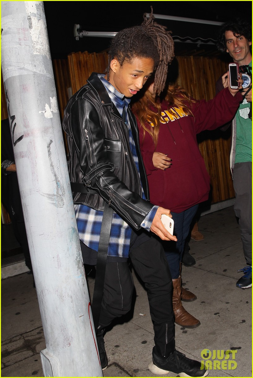 jaden smith leaves nice guy after mtv movie awards 2016 05