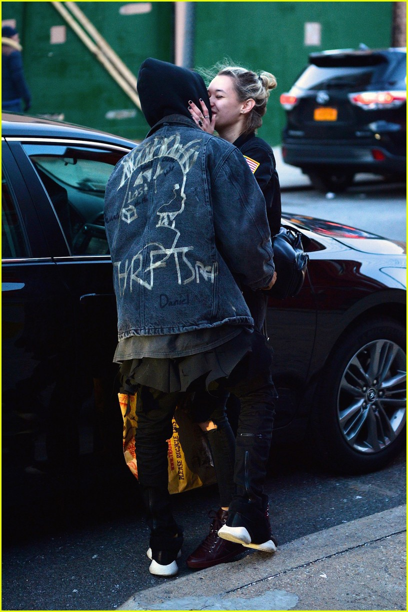 jaden smith sarah snyder kiss brooklyn 05