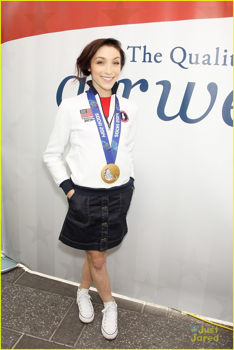 meryl davis charlie white discuss returning to competition airweave road rio event 01