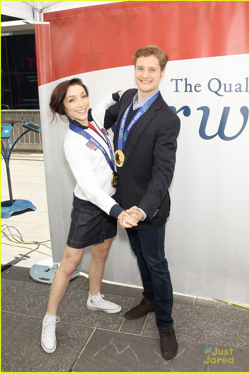 meryl davis charlie white discuss returning to competition airweave road rio event 04
