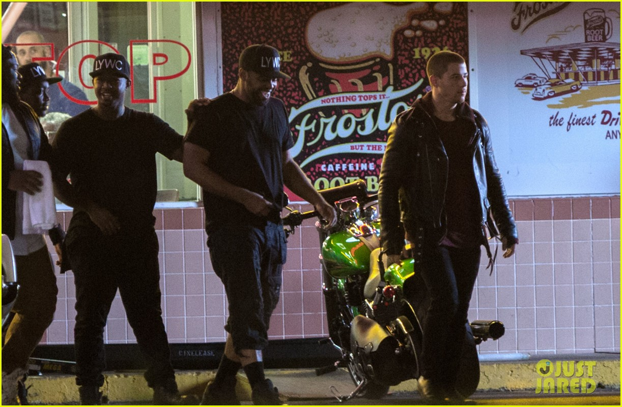 nick jonas films a new muisc video in new orleans 07