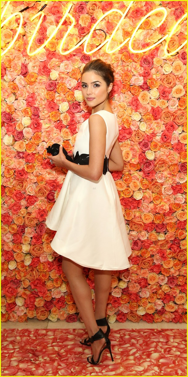 olivia culpo elle winter birdcage event lord taylor nyc 05