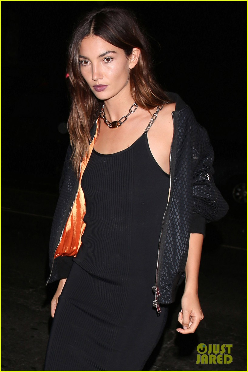 taylor swift lily aldridge attend gigi hadid birthday party 04