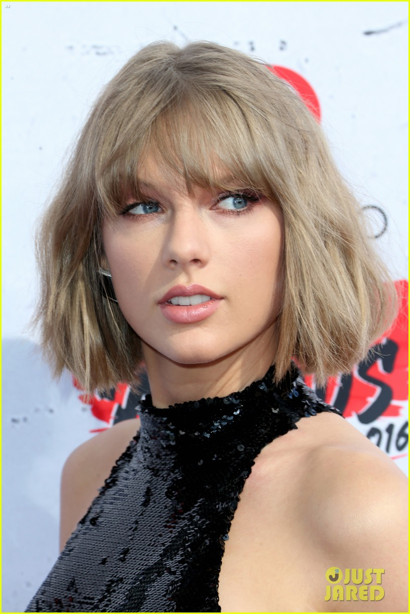 taylor swift clavin harris iheartradio music awards 2016 04