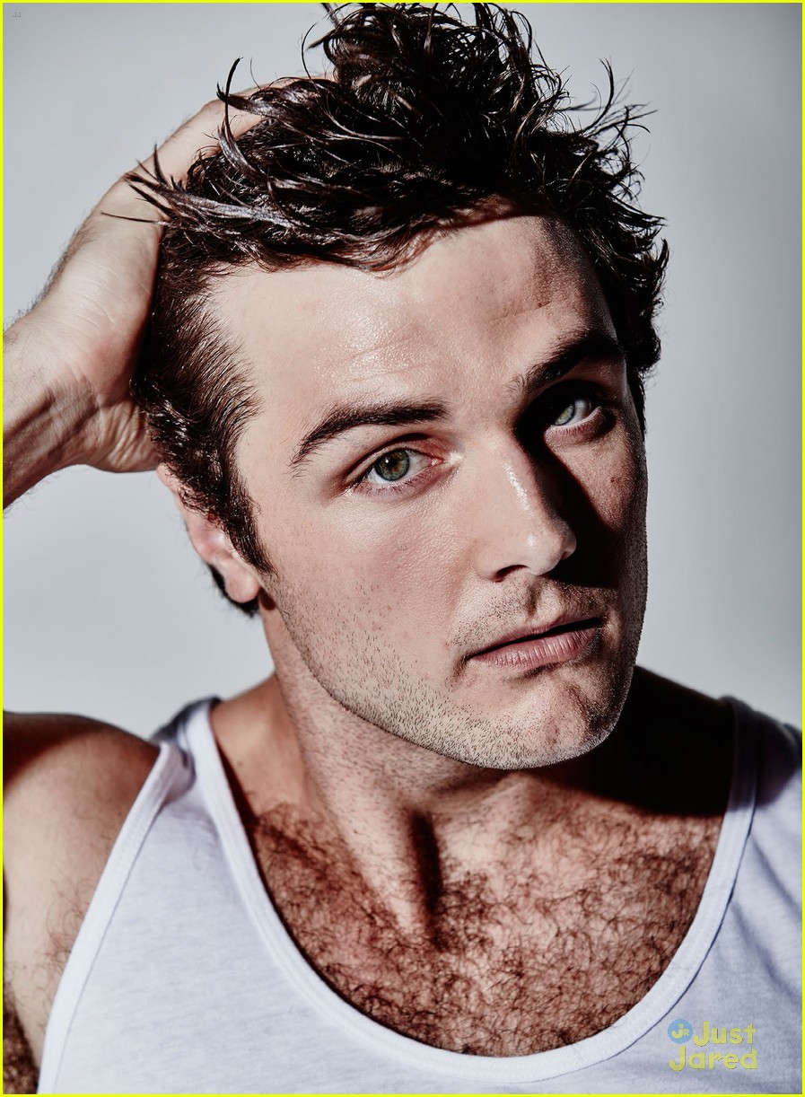 picture Beau Mirchoff