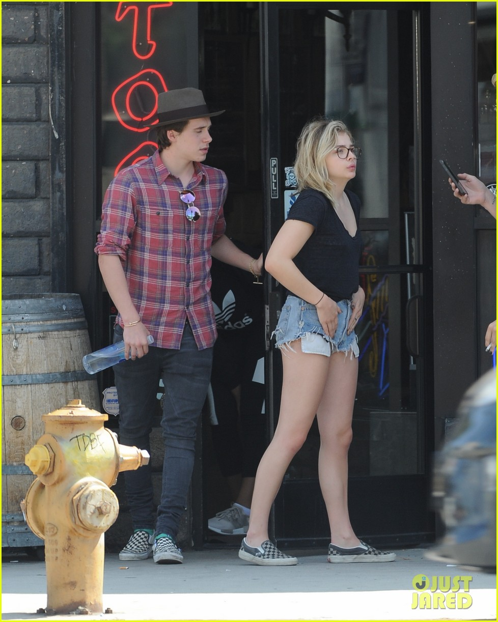 chloe moretz brooklyn beckham spend the day together in LA 04