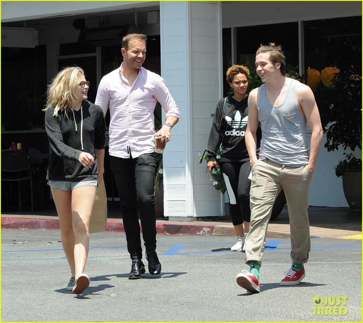 chloe moretz brooklyn beckham spend the day together in LA 12
