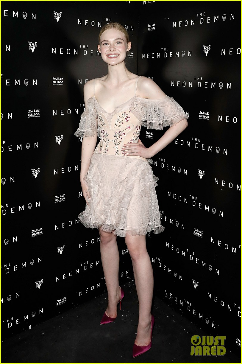 elle fanning bella heathcote neon demon after party 13