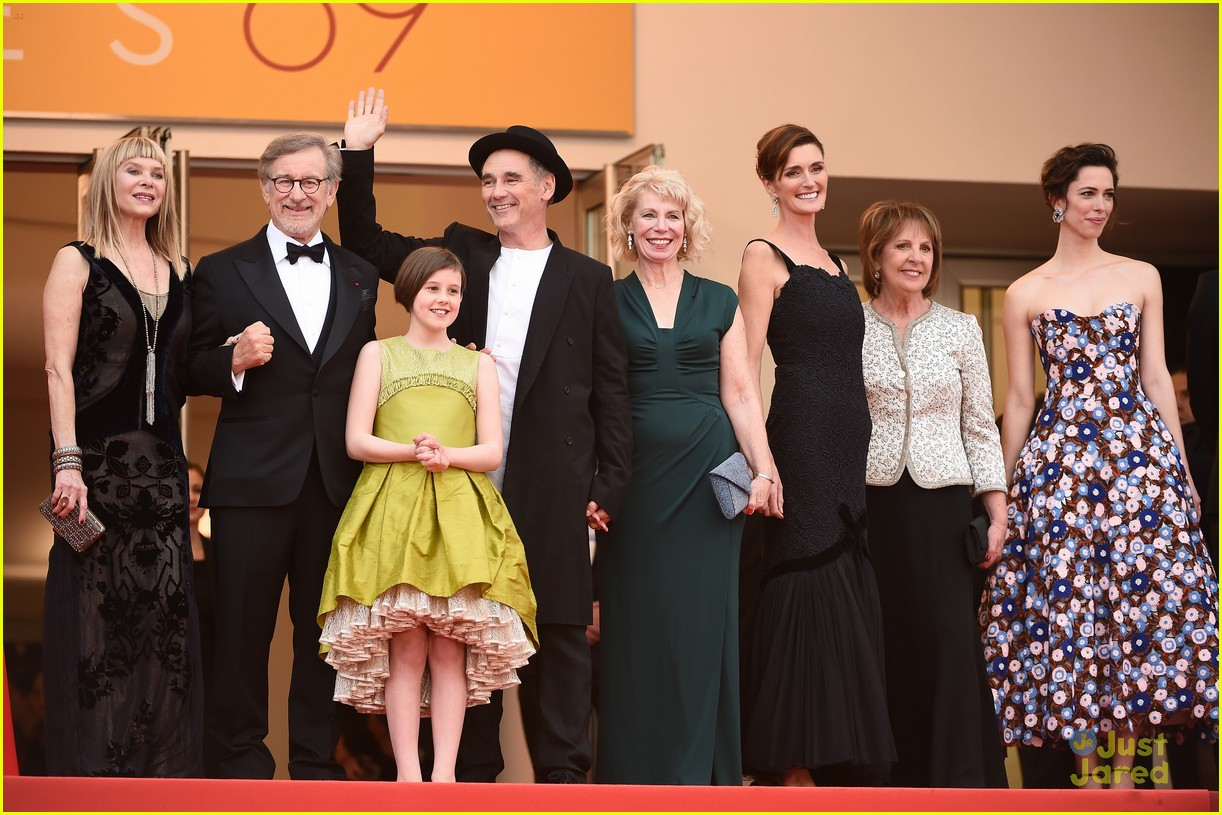 ruby barnhill bfg premiere photocall cannes 13