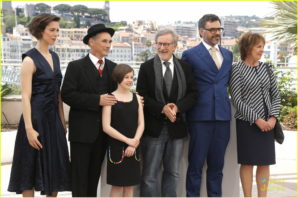 ruby barnhill bfg premiere photocall cannes 24