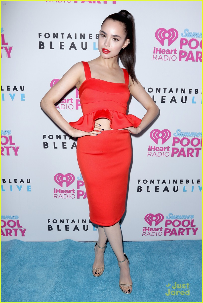 Sofia Carson Is Red Hot Hot Hot At Iheartradio S Pool