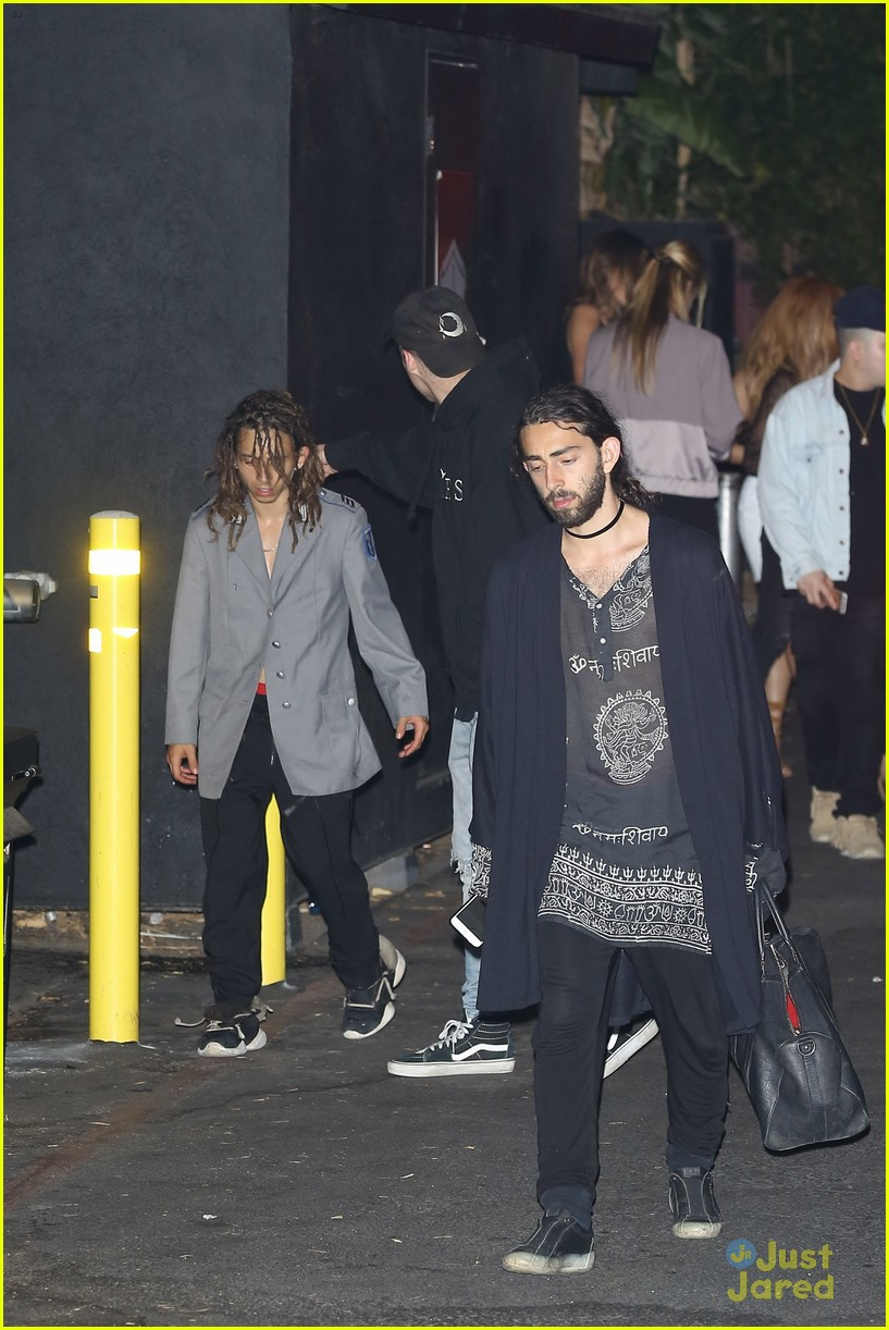 moises arias harry hudson go clubbing together 04